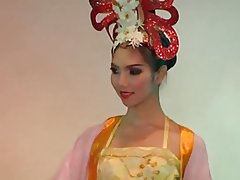 Kathoeys, Ladyboys of Thailand part 4....CC